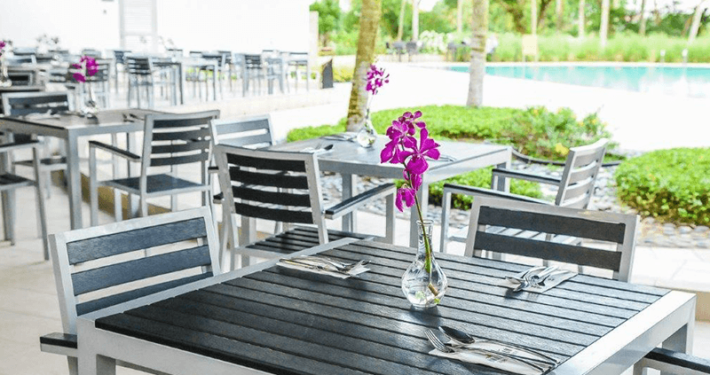 Royal Palm OCC Gallery Poolside Dining